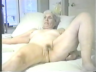 old wife esposed undressed for all internet