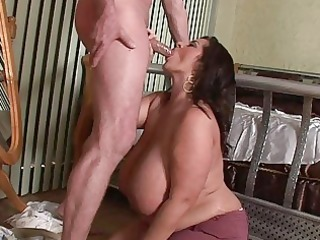 lusty mega breasted d like to fuck playgirl blows