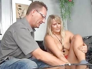 bulky older gives a bj and fucks...